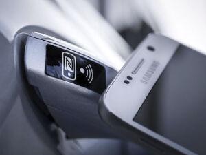 Управление автомобилем через смартфон
